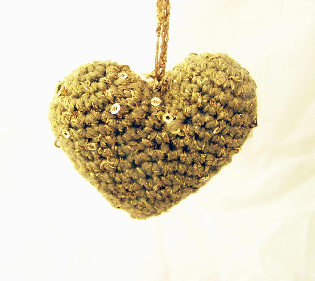 crocheted heart,