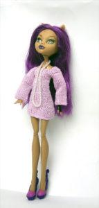 Платье спицами для куклы